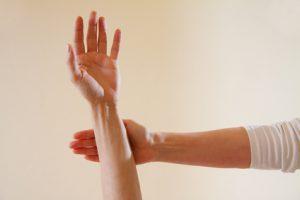 Muskeltest in der Kinesiologie